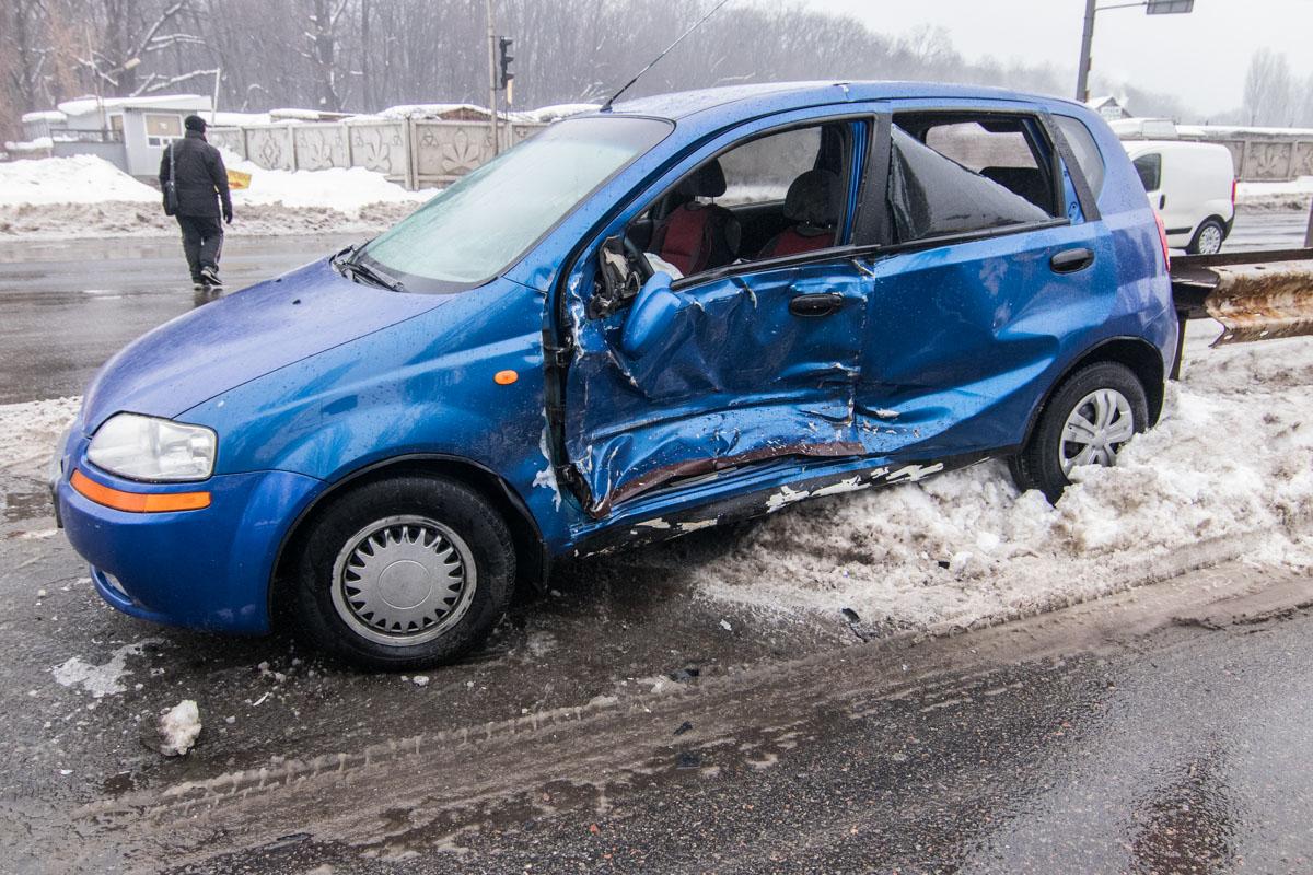 В аварии пострадала пассажирка Chevrolet