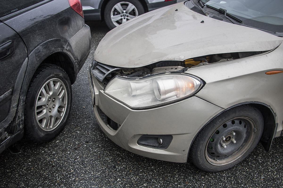Автомобили не сильно пострадали