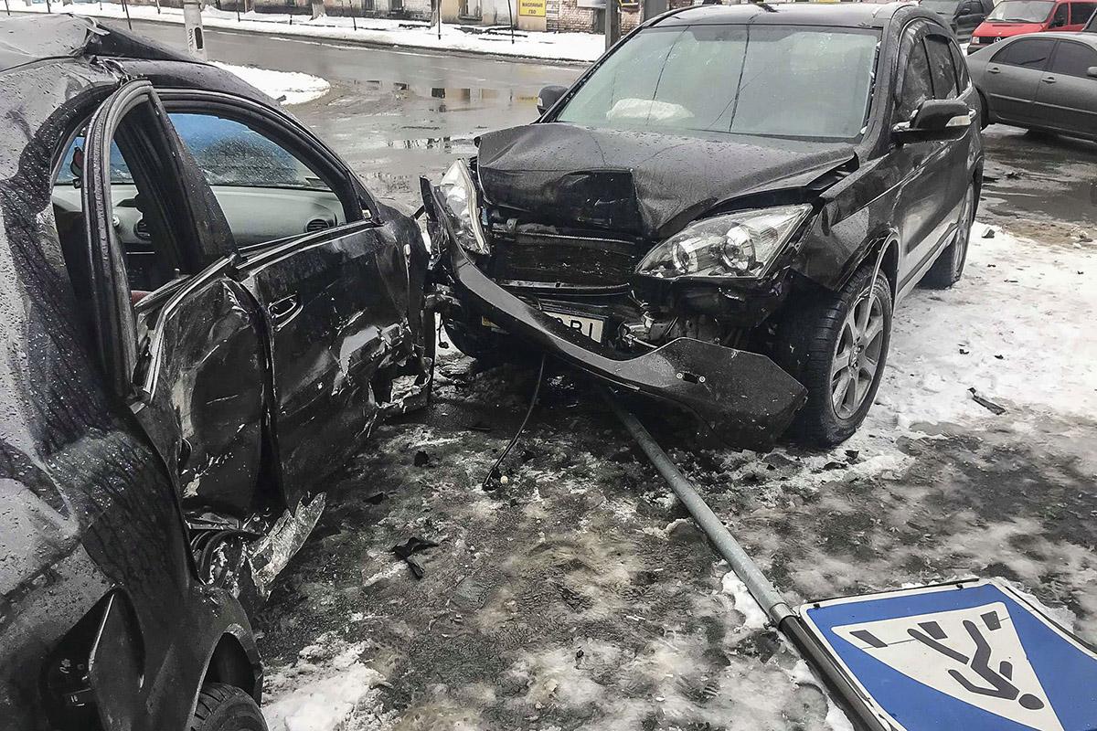 Авария произошла на Голосеево