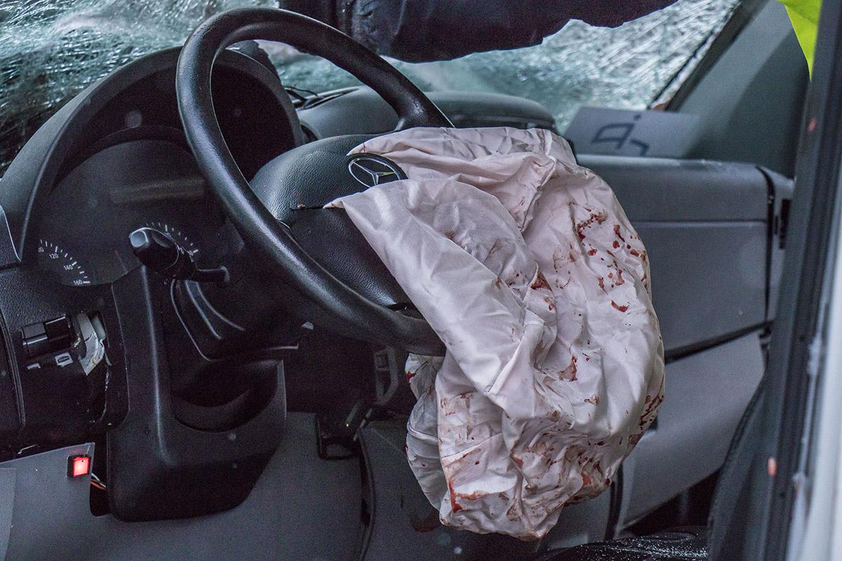 В Sprinter сработала подушка безопасности