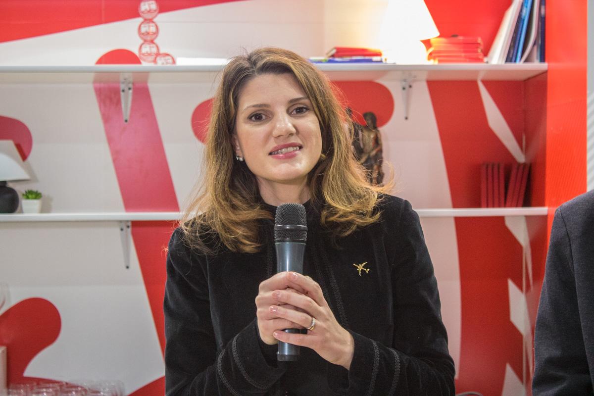Итальянский лоукостер вначале лета откроет три новых рейса из государства Украины
