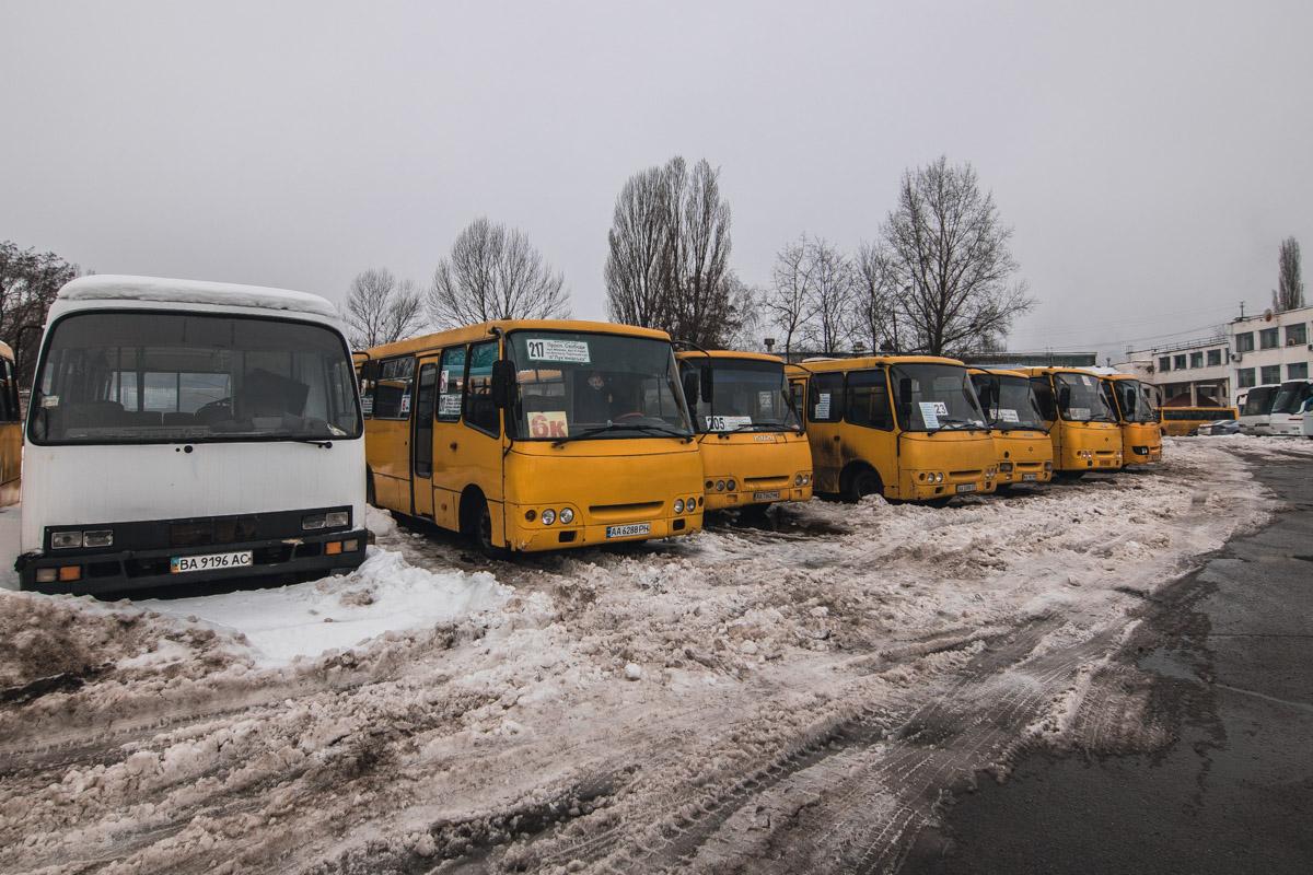 В пожаре сгорели 4 автобуса
