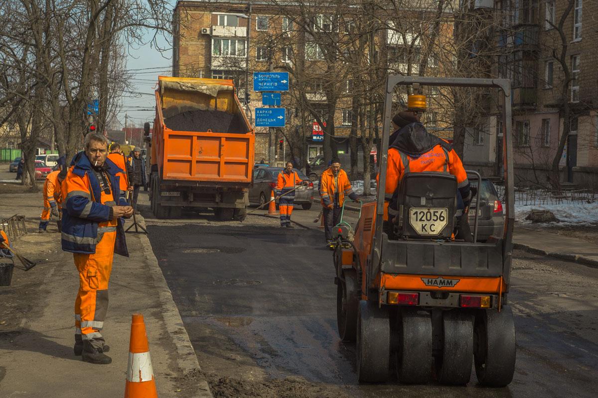 Последний ремонт дорожного покрытия на этой улице производился в 2017 году