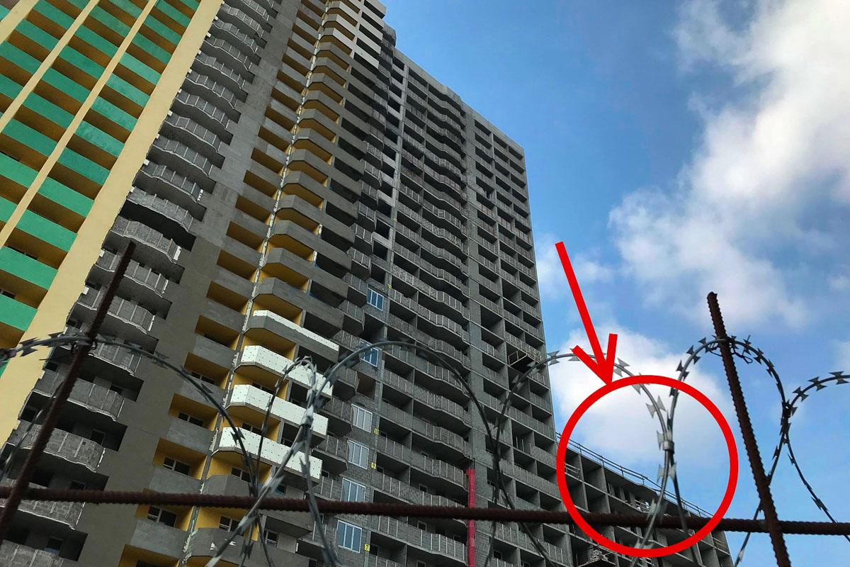 Тело парня 1993 года рождения обнаружили на 13 этаже недостроенного блока жилого комплекса