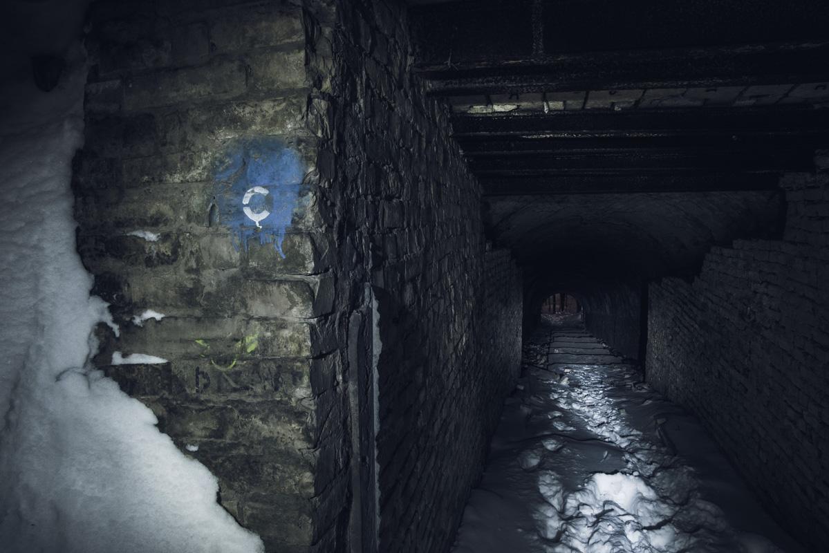 Сколько жизней перевидали эти кирпичные стены?