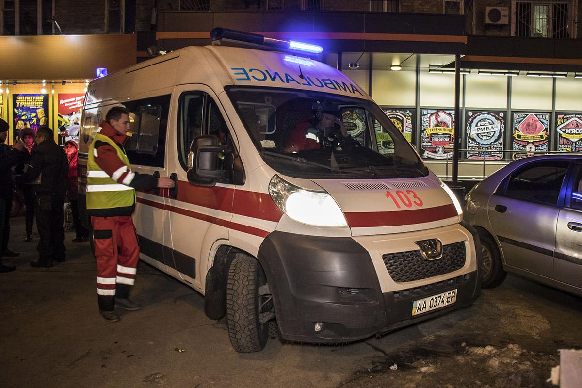 Пассажиры не давали скорой уехать в больницу