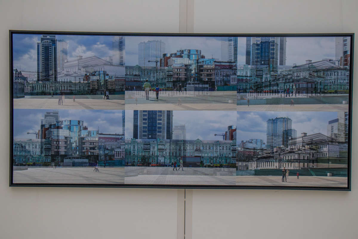 В своих картинах она показала самые известные места Киева