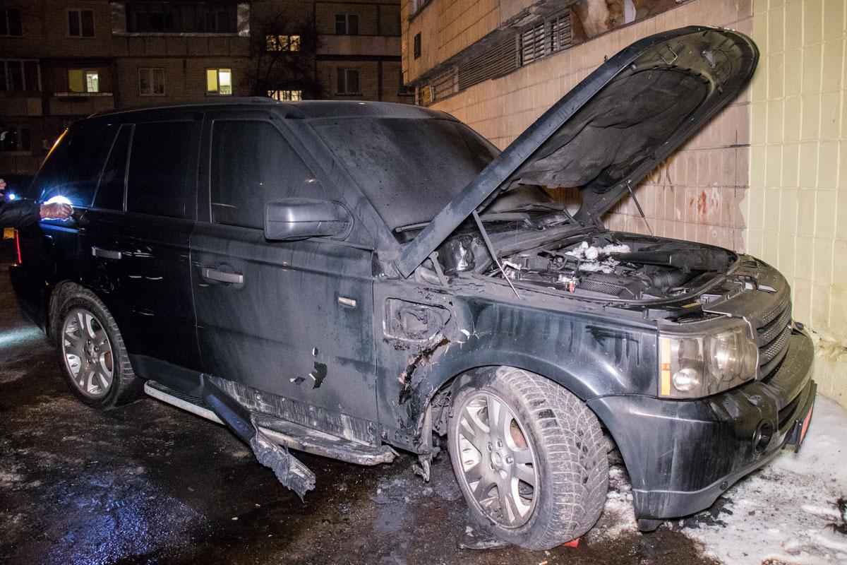 На улице Якуба Коласа горел Range Rover
