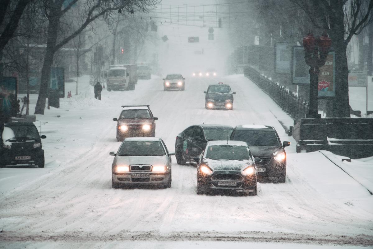 Непогода автовладельцев не напугала