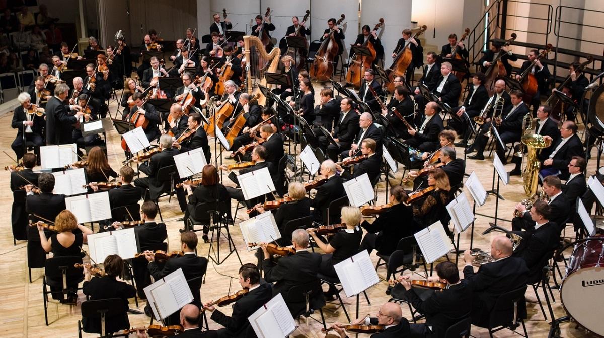 Национальный академический оркестр народных инструментов Украины исполнит известные хиты из кинофильмов
