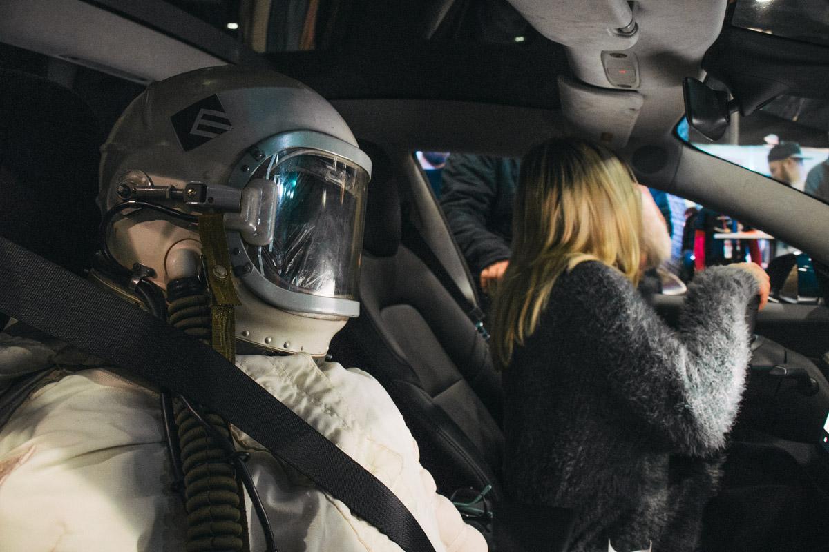 В Украинское государство привезли 1-ый электромобиль Tesla Model 3