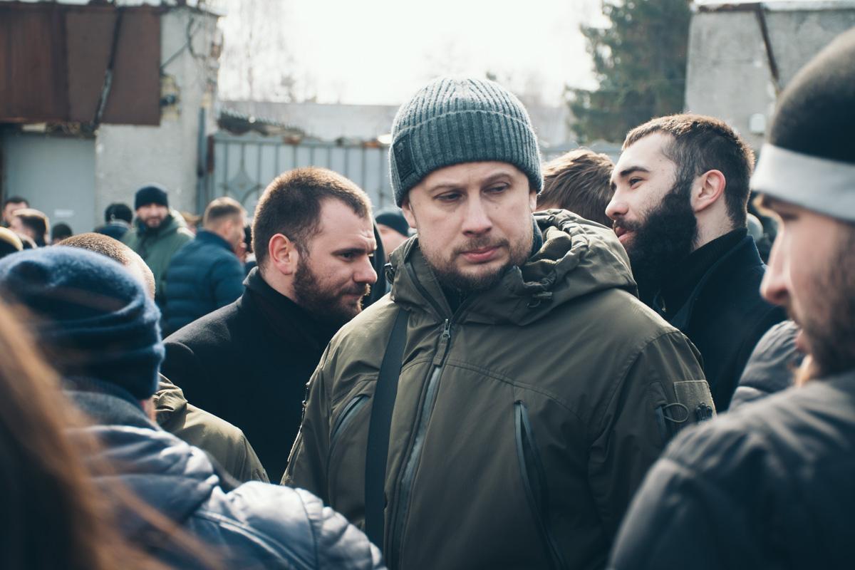 На АТЭК удалось пройти только Народным депутатам Андрею Белецкому и Олегу Петренко