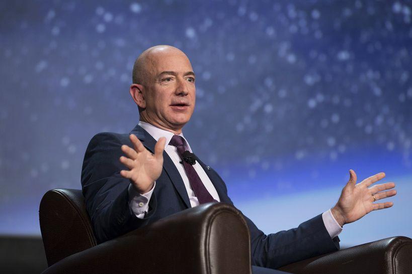 Рейтинг в 2018 году возглавил владелец Amazon Джефф Безос