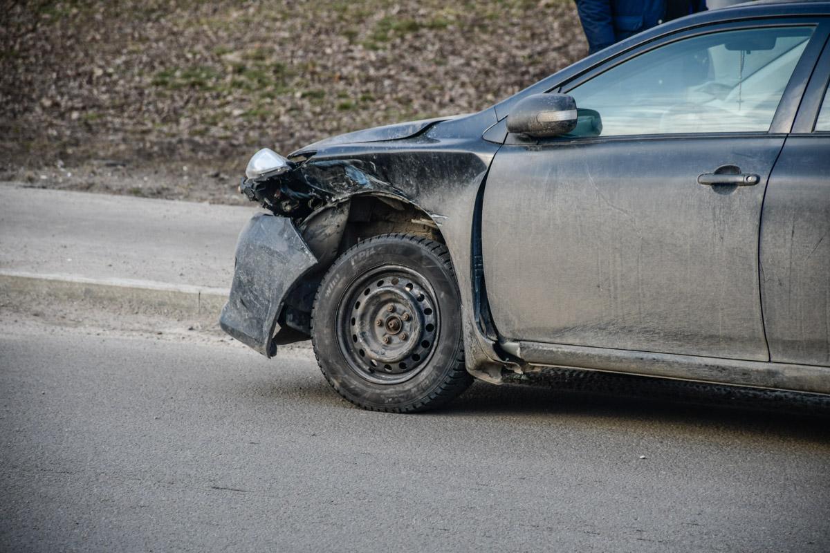 Corolla получила незначительные повреждения