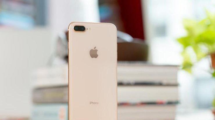 Apple остановила производство iPhone 8 Plus