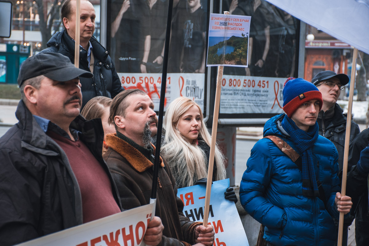 Активисты уверены, что новые дамбы Украине не нужны