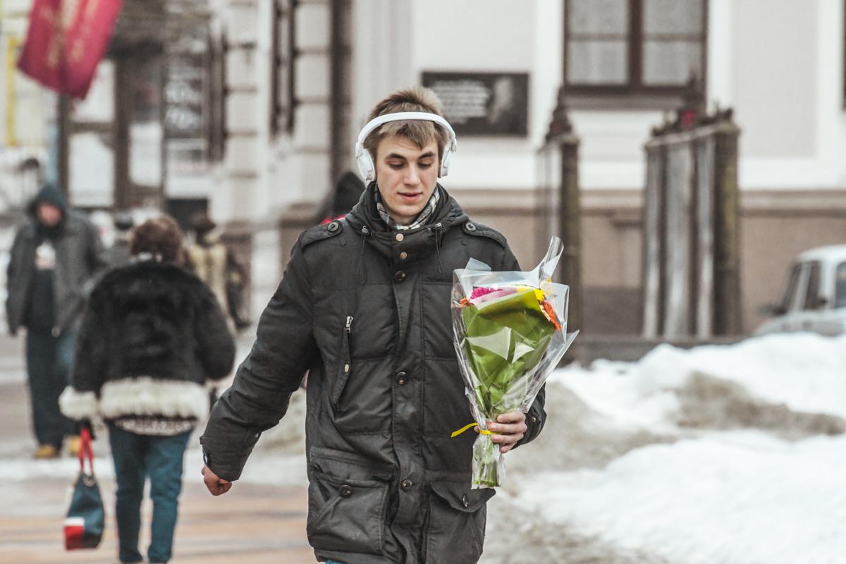 Дарить цветы любимым нужно не только по праздникам