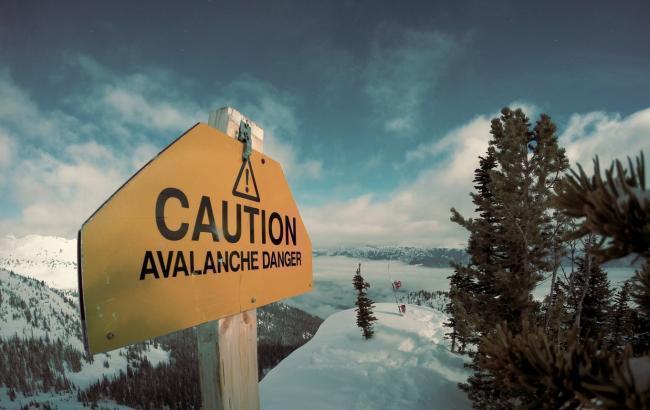 В Карпатах возможен сход лавин при низких дополнительных нагрузках