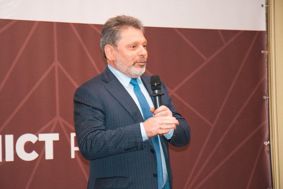 Народный депутат Григорий Шверк
