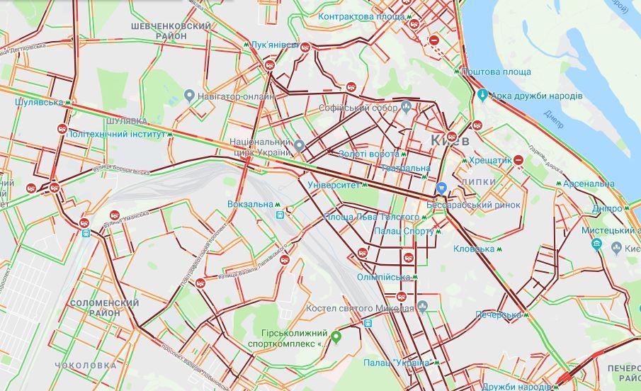 Киев парализовали сильнейшие пробки