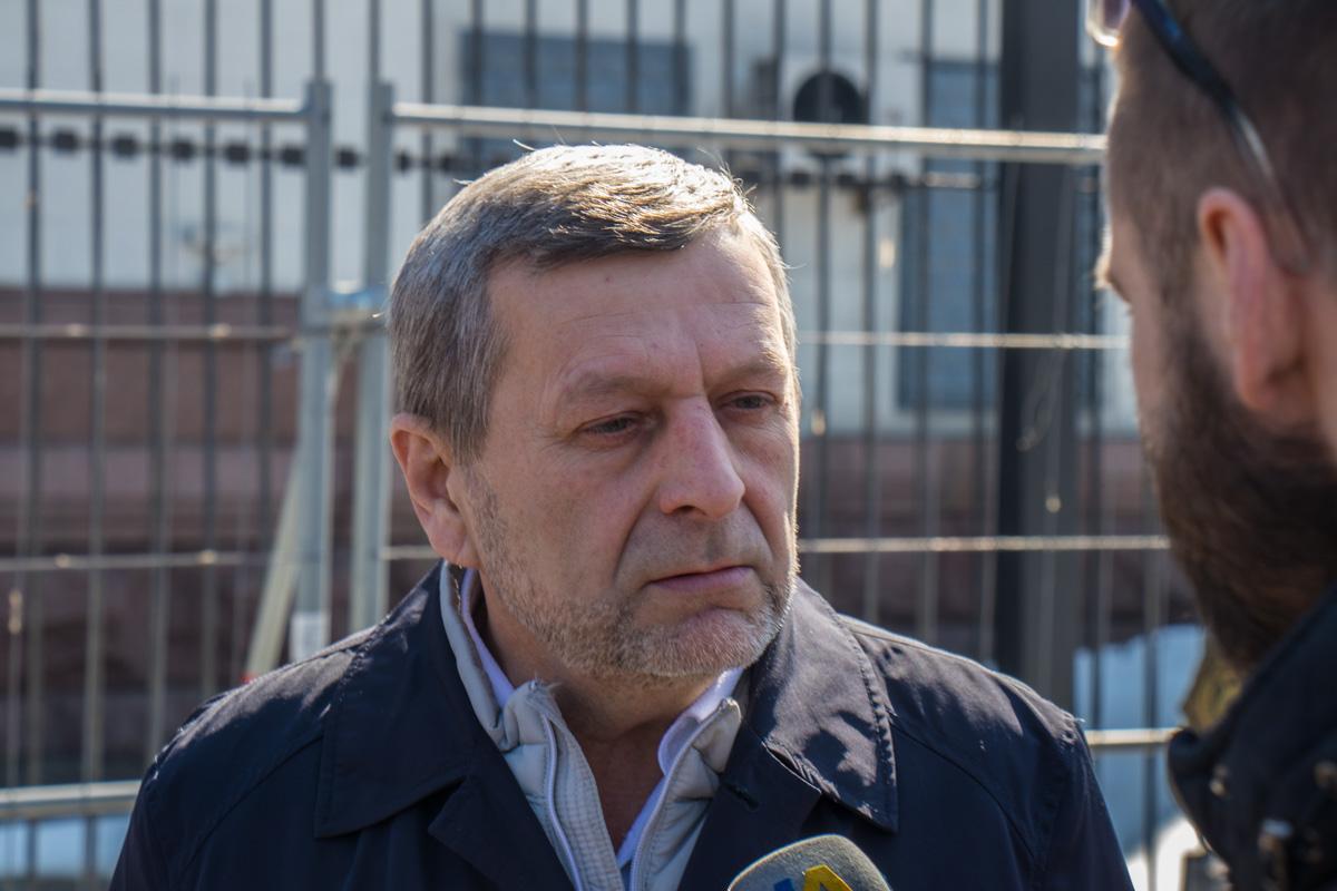 На перформансе присутствовал и заместитель председателя МеджлисаАхтем Чийгос