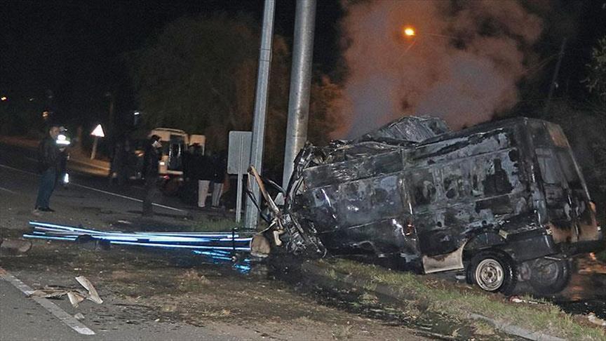 В Турции разбился автобус с нелегалами, погибли 17 человек
