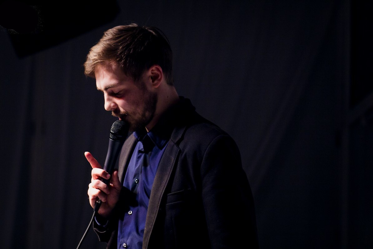 Антон Тимошенко – интеллигентный комик