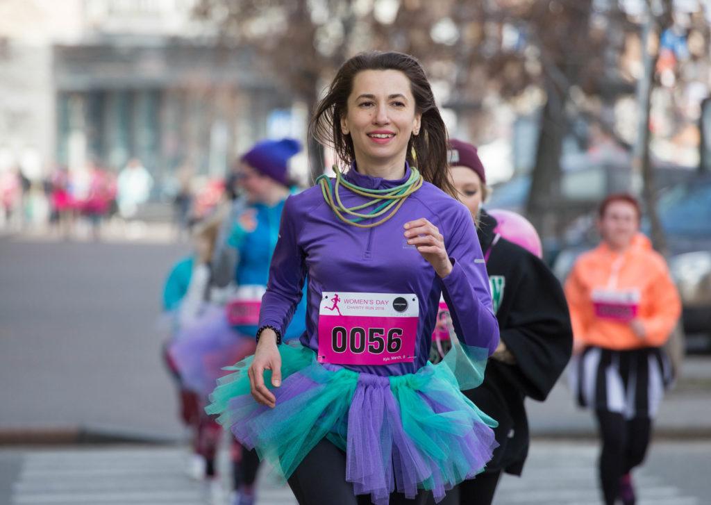 В рамках забега все участники должны будут преодолеть дистанцию 5 километров
