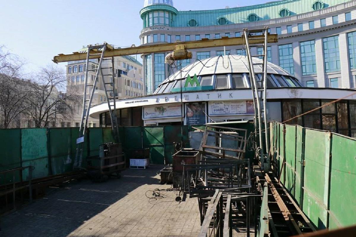 Не будет работать эскалатор на станции в сторону выхода на улицы Городецкого и Героев Небесной сотни