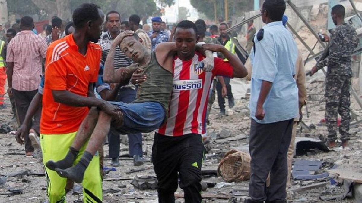 Во время взрыва в Сомали погибли пять человек
