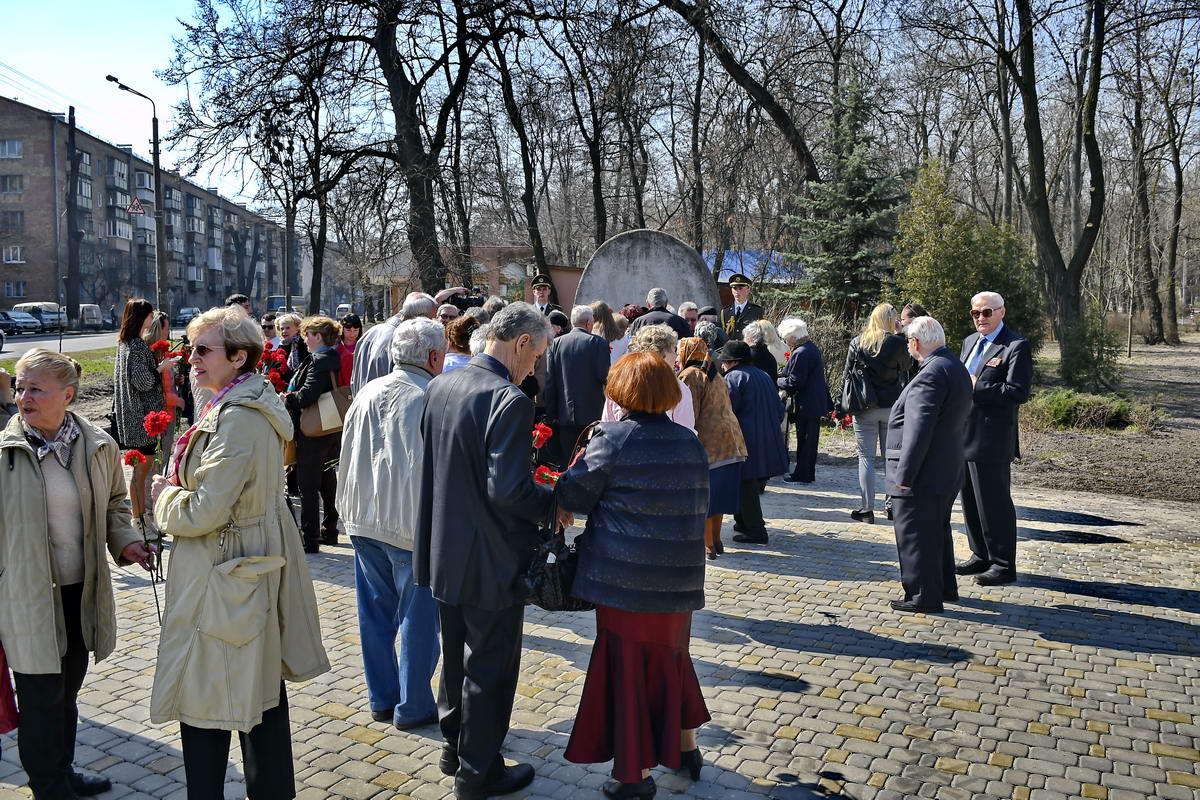 На мероприятии были члены общественных организаций ветеранов войны и активисты