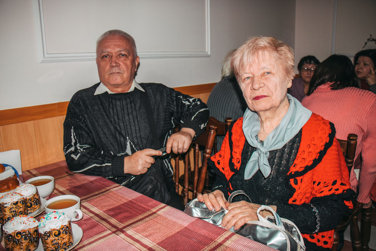 Бесплатное питание могут получить одинокие люди, у которых пенсия не выше 2700 гривен