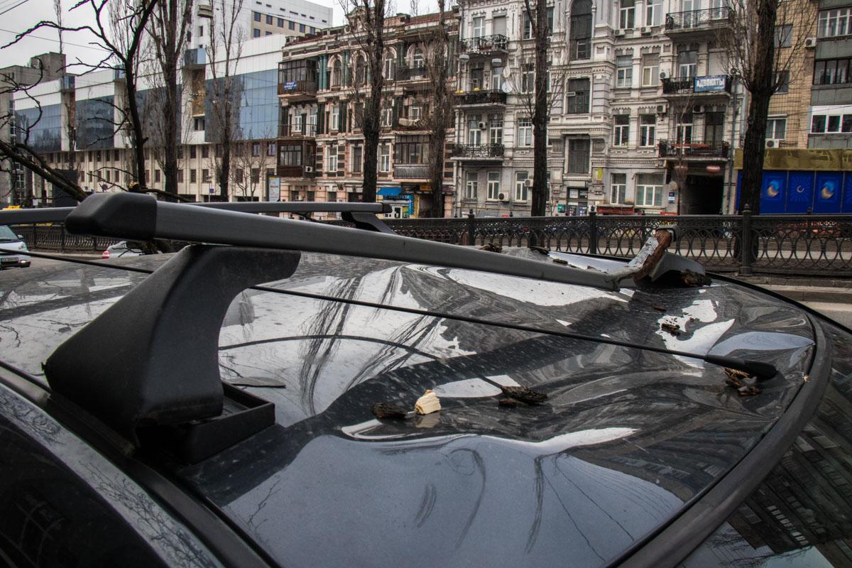 Повреждения автомобиля Dacia