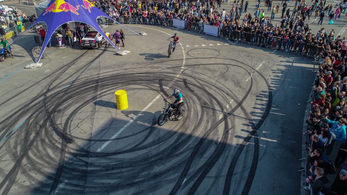 В Киеве стартовал фестиваль «Kyiv Drive Day»