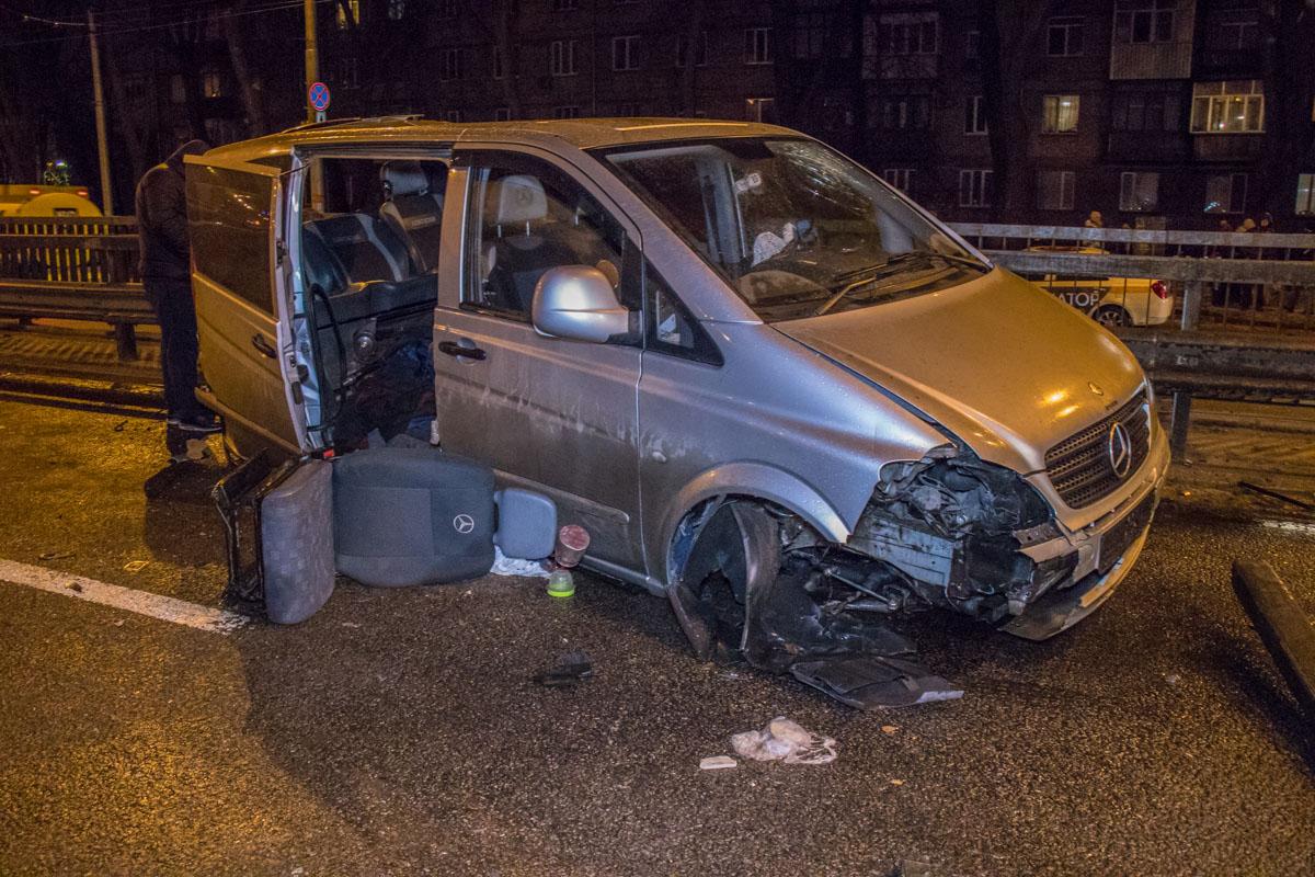 Водитель Mercedes находился в шоковом состоянии