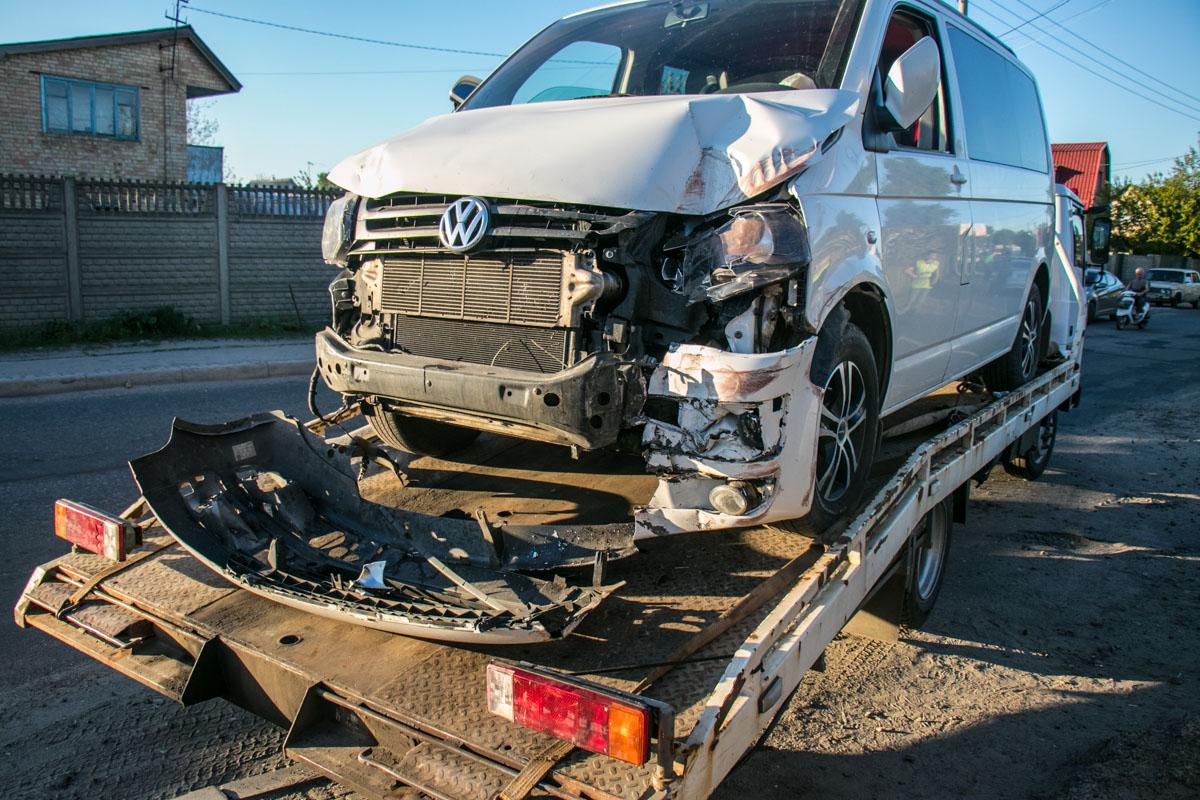 ВVolkswagenнаходились около 6 пассажиров