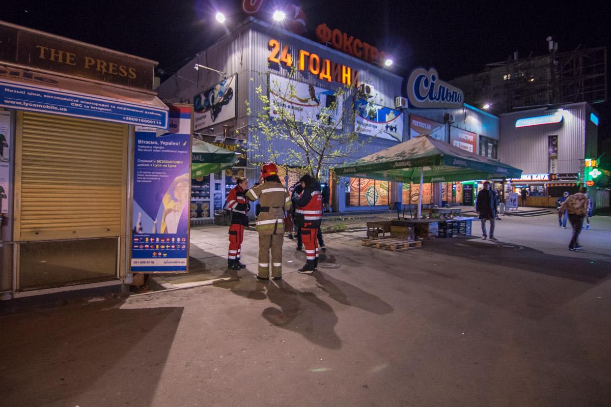 Взрывы прогремели около входа в супермаркет Сильпо