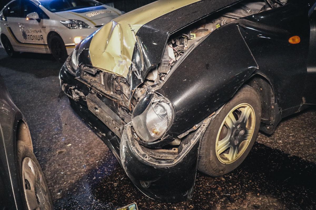 Столкнулись BMW, Lanos и Volkswagen Polo
