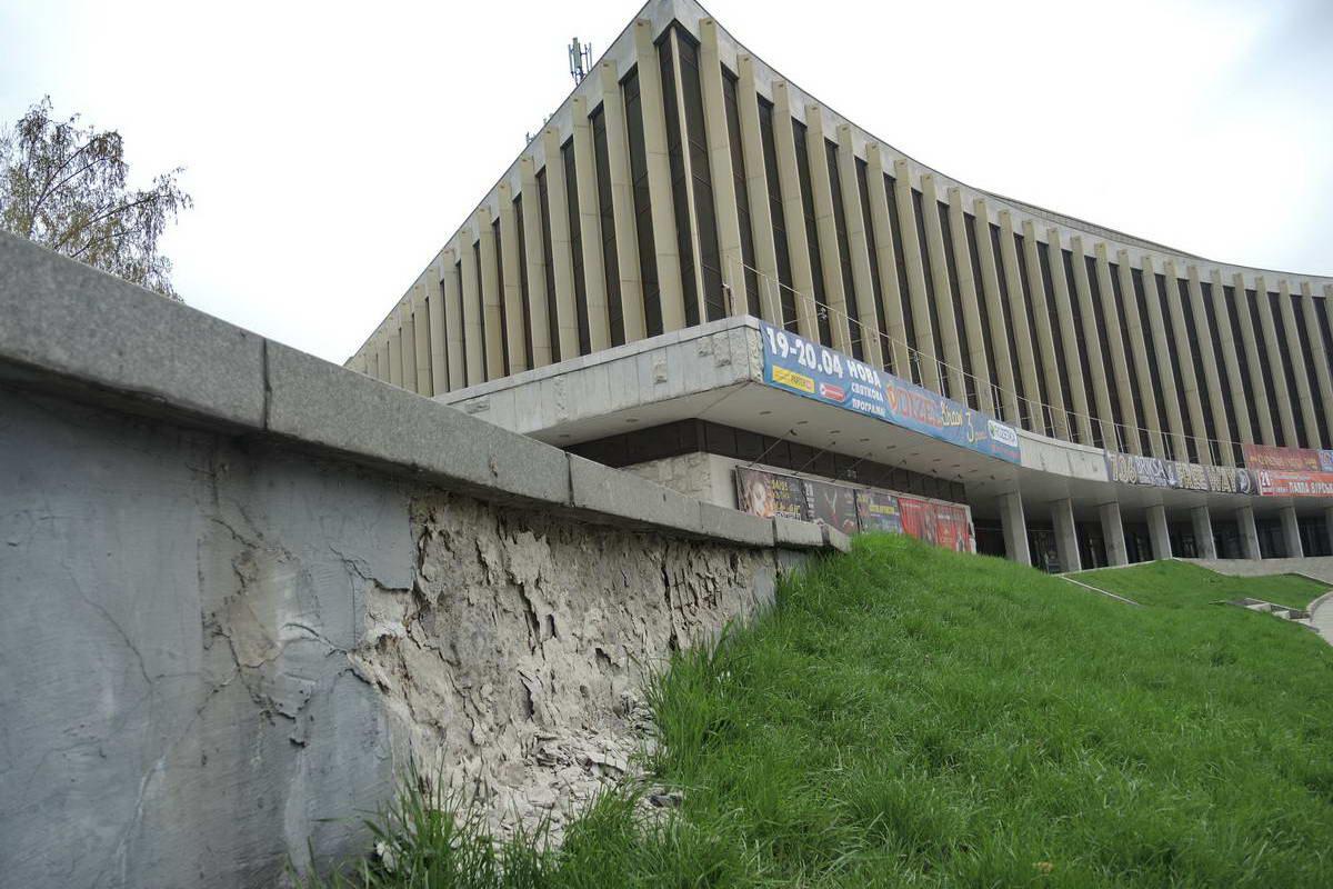 Последний раз капитальный ремонт здания был в 1996 году