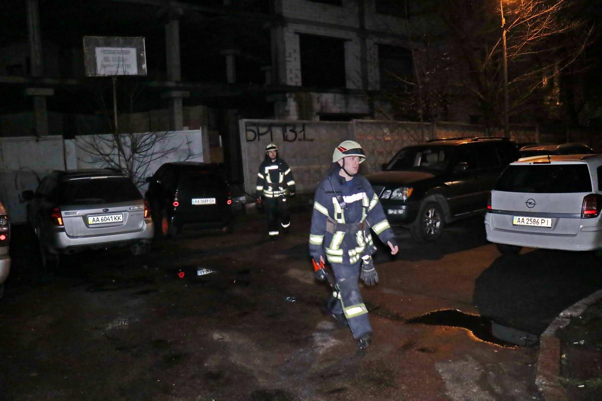 Спасатели не обнаружили на стройке ничего подозрительного