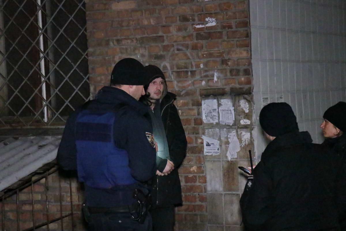На месте полиция нашла только бездомного Сережу