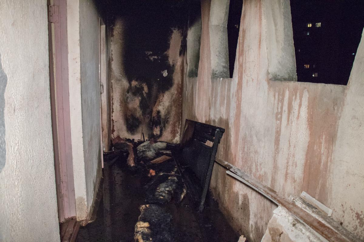 Возгорание произошло на 6 этаже 12-этажного дома