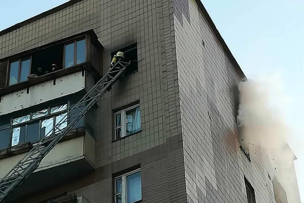 На Троещине горела девятиэтажка