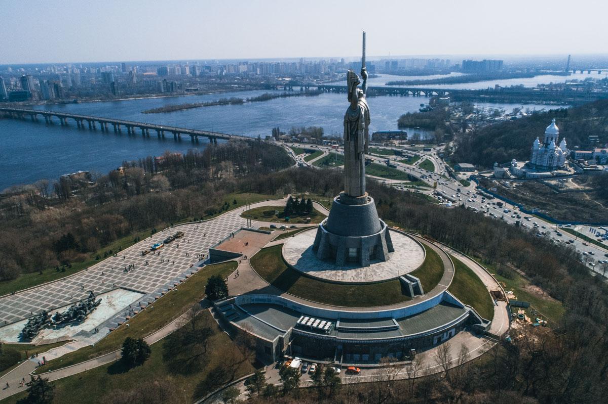 Жителям и гостям Киева предлагают подняться на 91-метровую высоту