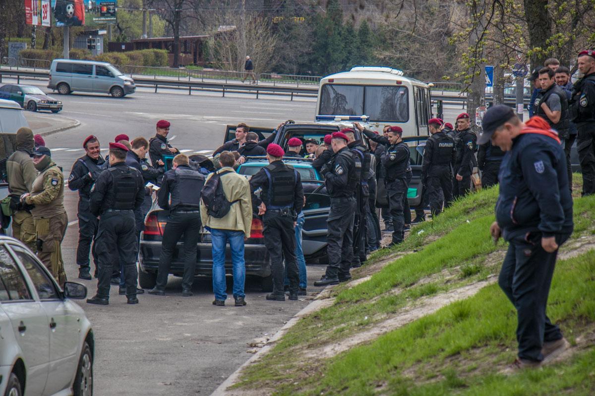 Подозреваемых задержали на улице Чернобыльской