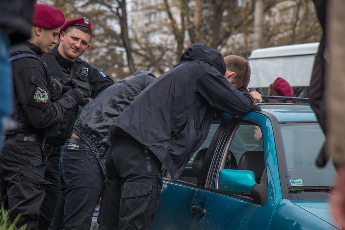 Подозреваемых задержали через полтора часа