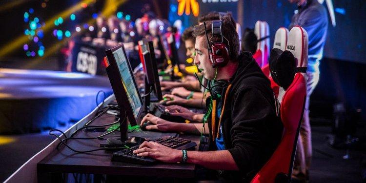 На фесте пройдут киберспортивные соревнования среди профессионалов и любителей гейминга