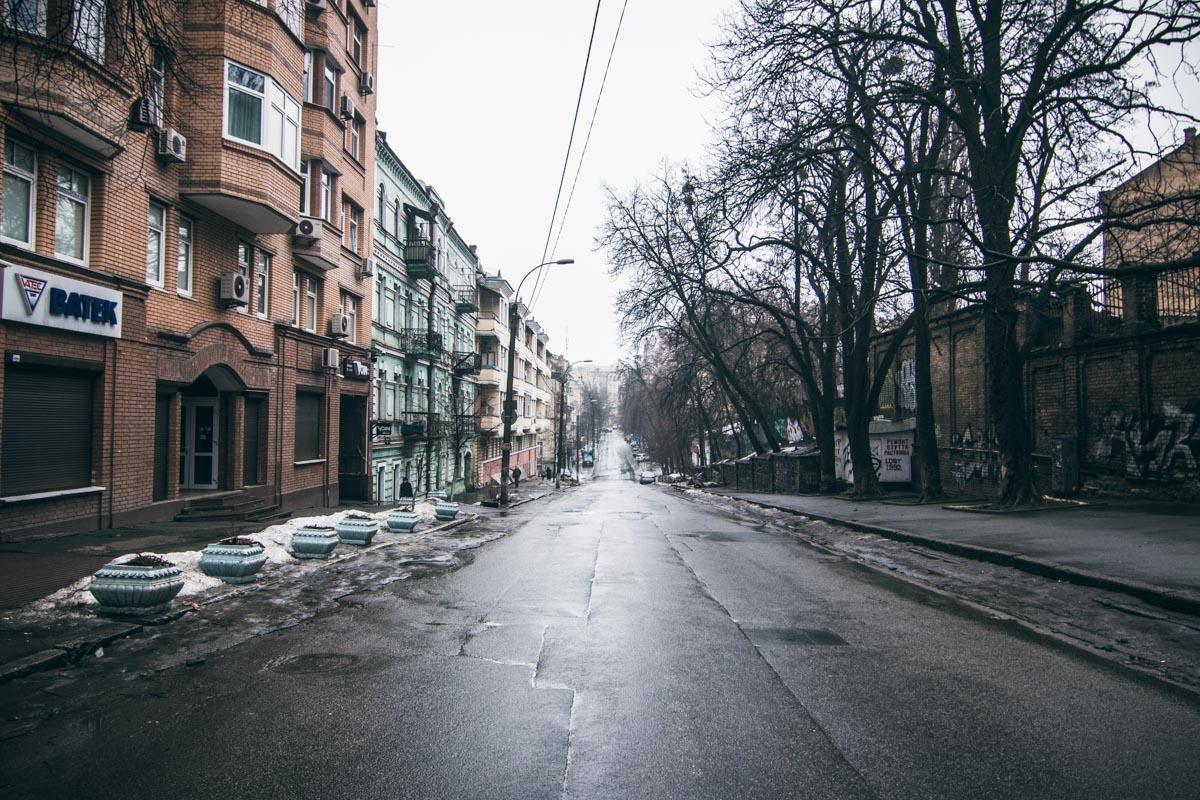 Латанная дорога не разваливается