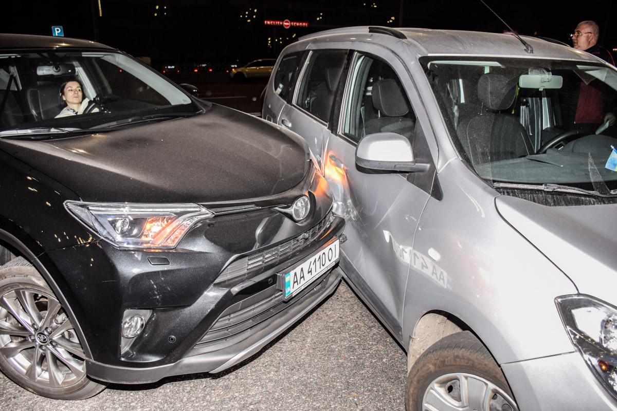 Оба участника аварии вину не признают