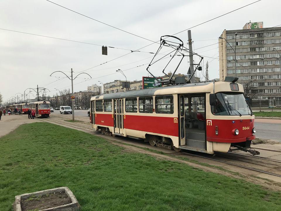 На Дарницкой площади произошло ДТП